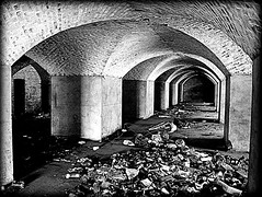 litter in the old barracks (mujepa) Tags: blackandwhite noiretblanc barracks vaults metz monochrome litter détritus caserne steinmetz ordures