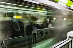 Crowded subway (Jean-Phi92) Tags: canon7dmarkii fb miroir mirror objectifs objetselémentsettextures reflection reflet tamronsp35mmf18divcusd textureseffets expositionlongue longexposure metro