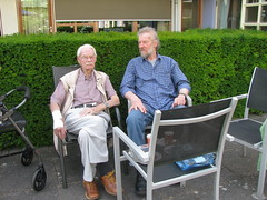 70 years minus 1 day (streamer020nl) Tags: ed father pa louiselh llh 2017 040617 70 birthday verjaardag