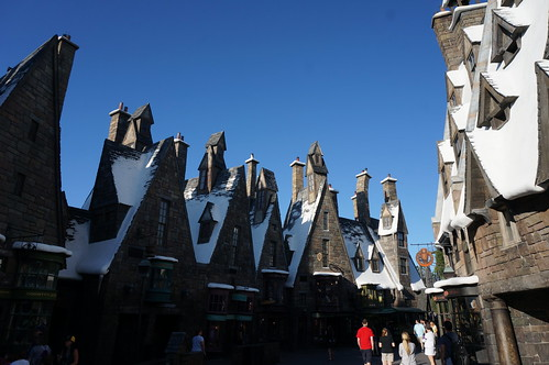 "Universal Studios, Florida: Hogsmeade • <a style=""font-size:0.8em;"" href=""http://www.flickr.com/photos/28558260@N04/34365315280/"" target=""_blank"">View on Flickr</a>"