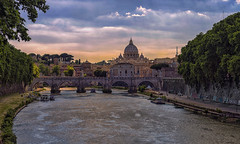 Tevere (Fil.ippo) Tags: roma rome tevere tiber landscape panorama paesaggio tramonto sunset sanpietro vaticano ponte bridge water acqua filippo filippobianchi d610 nikon travel