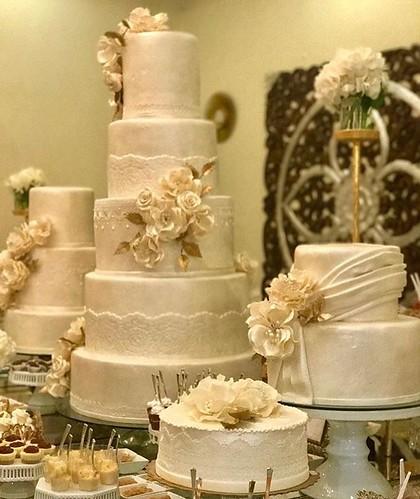 The Best Dressed Guest at The Wedding !! #tagafriend #picoftheday #like4like #greece #greekislands #atlanta #cake #cakes #lovejean #event #eventplanner #santorini #santoriniwedding #love
