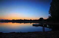 sunrise in Erding / Kronthaler Weiher (drummerwinger) Tags: rot blaue stunde sunrise erding tokina canon700d ndfilter verlaufsfilter kronthalerweiher langzeitbelichtung