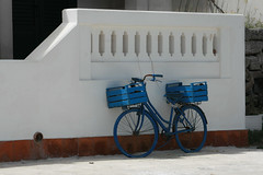 I want to ride my bicycle... (MKP-0508) Tags: sizilien sicilia blue bleu blau fahrrad velo bicycle biciclette favignana