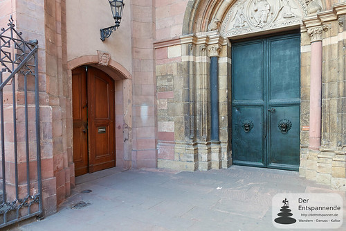 Eingang zum Mainzer Dom