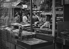 a hawker's boring afternoon (Samson_FH_Lau) Tags: hongkong hongkongstreetphotography hongkongers hawkers sigmadp2merrill streetphotography sigma shamshuipo