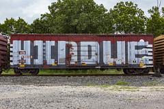 (o texano) Tags: houston texas graffiti trains freights bench benching hindue roller wholecar