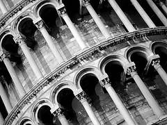 Torre di Pisa (Itinerari Camper) Tags: travel camper viaggi itinerari italia italy toscana pisa bw bn bnw architecture architettura