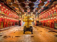 Man Mo Temple (v-_-v) Tags: china hongkong hong kong temple manmo interior gold red asia travel architecture explored