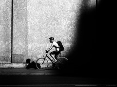 shadow on the wall (Sandy...J) Tags: olympus blackwhite biker monochrom man wall streetphotography light shadow urban black white city