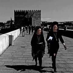 Puente Romano, Còrdoba, Andalucìa (pom.angers) Tags: puenteromano còrdoba andalucìa panasonicdmctz30 april 2017 people andalusia spain españa europeanunion woman women 100 150