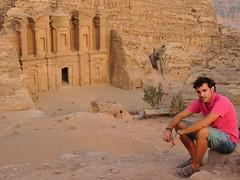 Yo_petra_Monasterio (ruben25x12) Tags: petra jordania jordan wadirum desierto desert tesoro treasure siq nabateos nabatean sinai mtsinai mount monte egypt egipto santcatherine santacatalina zarza mandamientos kotor montenegro dubrovnik fiordo