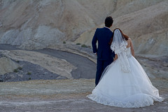 Romantic Zabriskie (Thankful!) Tags: wedding bride groom sunset zabriskiepoint deathvalley evening eveninglight