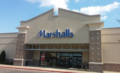 SLC: Marshalls (Retail Retell) Tags: southlakecentre southaven ms desoto county retail stonecrest investments shopping center destination strip mall booksamillion sally beauty supply gap factory store marshalls rainbow shoe carnival old navy tuesday morning petco burlington office depot five guys us nails gamestop dollar tree outback steakhouse supercuts salon avenue ashley stewart phone covers vape shop catherines dentist former radioshack sprint akita restaurant mattress firm goodman road southcrest parkway interstate 55 i55 robert irwin jewlers architecture midsouth midsouthretailblog
