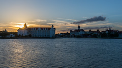 Grand Sunset (wdwben) Tags: waltdisneyworld waltdisney waltdisneyworldresort waltdisneyworldparksandresorts waltdisneyworldparks disney disneyworld disneyparks disneyparksandresorts disneyresorts grandfloridian grandfloridianresortandspa dvc sunset sunburst nikon nikond610 nikon2870mm