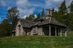 Balnagower Cottage, Braemar (Samwaaal) Tags: scotland highlands scottish cairngorms hiking walk landscape mountains braemar beinn abhuird glen avon ben howff secret