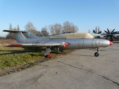 "L-29 Delfin 12 • <a style=""font-size:0.8em;"" href=""http://www.flickr.com/photos/81723459@N04/34472438460/"" target=""_blank"">View on Flickr</a>"