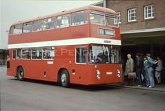Trent 564, Derby Bus Station, 1987 (Lady Wulfrun) Tags: trent 564 och564l derby bus station 19th may 1987 busstop busstation fleetline ecw crg6 daimler