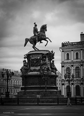 Monument (VladimirTro) Tags: russia saintpetersburg canon city monochrome monument bw россия санктпетербург outdoor europe 500d architecture eos dslr photo photography 50mm