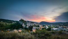 Vieille-Ville - Vaison-la-Romaine (84) - France (Romain VENOT) Tags: vaisonlaromaine provencealpescôtedazur nikon d5300 tokina sky ciel sunset coucherdesoleil blue hour lights médiéval vaucluse village
