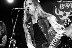 Bonafide (Joe Herrero) Tags: aprobado blanco y negro rock roll bonafide silikona madrid concierto concert bolo gig directo live guitar bass gibson joe herrero
