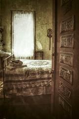 La chambre.... (Isa-belle33) Tags: urban urbain city ville hôtel williams arizona usa etatsunis amérique america travel room chambre old vintage fuji fujifilm fujix30