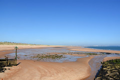 Low tide at Seaton Sluice harbour entrance (DavidWF2009) Tags: northumberland seatonsluice harbour lowtide beach