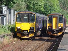 150108 & 153361 Penryn (2) (Marky7890) Tags: 153361 class153 supersprinter 2t69 gwr 150108 class150 sprinter 2f70 penryn railway cornwall maritimeline train