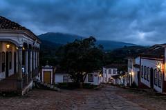 Amanhecendo em Tiradentes - Minas Gerai - Brasils (mariohowat) Tags: tiradentes alvorada amanhecer longaexposição noturnas minasgerais cidadehistórica brasil brazil canon6d