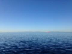 Mar de Alborán (Colorum) Tags: sea mar españa spain barcos buque contenedores hamburg sud rojo cielo sky red alboran navegar sail azul blue