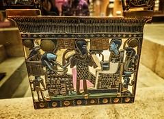 Pectoral of an ornamental chain from King Tutankhamun's tomb New Kingdom 18th Dynasty 1332-1323 BCE (mharrsch) Tags: pectoral gold kingtutankhamun tomb burial funerary newkingdom 18thdynasty 14thcenturybce egypt ancient pharaoh ruler monarch king discoveryofkingtut exhibit newyork mharrsch premierexhibits