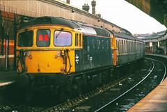Push Pull (pete.callaway) Tags: locomotive salisbury brblue britishrailways class331 33102 crom