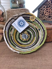 """Small Table Basket #1129 • <a style=""""font-size:0.8em;"""" href=""""http://www.flickr.com/photos/54958436@N05/34147677163/"""" target=""""_blank"""">View on Flickr</a>"""