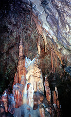 Škocjanske jame, druipsteengrot, Slovenië 1986 (wally nelemans) Tags: škocjan škocjanskejame jame druipsteengrot cave dripstone slovenië slovenia 1986 slovenija