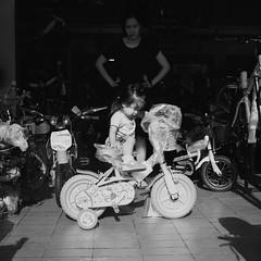 BW photo May 2017 (Manny_Sawasdee) Tags: bwphoto fujifilm fujiacross100 neopan100 film120 mediumformat filmfuji fujiacros100 acros100