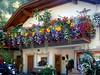 Balcone fiorito in Sud Tirolo (gio.pas_sm) Tags: sudtirolo fiori finestre gadertal