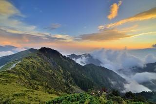 合歡山主峰~雲海夕彩~  Clouds Sunset