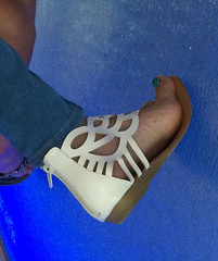 IMG_0398 (heellover91) Tags: strappy leather thong sandals sexy girl foot woman feet shoes gladiator toes arch