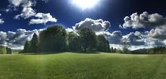 Mountainbike Tour über die schwäbische Alb (Blende2,8) Tags: deutschland iphone7plus sonne baumgruppe badenwürttemberg schwäbischalb wiesen panorama wolken himmel bäume wald