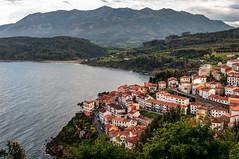 Lastres, Asturias (ccc.39) Tags: asturias lastres colunga cantábrico sueve pueblo monte sierra casas pueblomarinero
