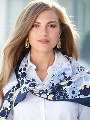 Peter Hahn n°817 (Blouse et Foulard 2) Tags: blouse foulard peter hahn silk scarf