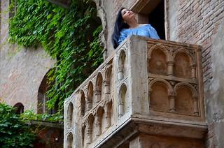 ...sur le balcon de Roméo et Juliette  -  ... on the balcony of Roméo and Julietto