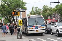 IMG_8696 (GojiMet86) Tags: mta nyc new york city bus buses 1999 t80206 rts 5157 subway shuttle ditmars blvd 33rd street