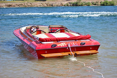 IMG_6265 (imelvis) Tags: parker river arizona water boat noid toy noids ramos family beach shore red blue only woman v8