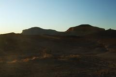 (Swebbatron) Tags: australia 2008 southaustralia cooberpedy thebreakaways breakaways sunrise dawn groovygrape landscape redcentre fuji radlab thecastle pupa saltandpeppermountains