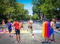 2017.06.10 Painting of #DCRainbowCrosswalks Washington, DC USA 6418