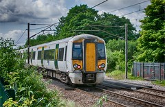 Class 387 at Welwyn North. (Silver Link) Tags: multiple unit class 387 103 welwyn north station sunday 4th june 2017 electric train