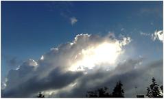 (Riik@mctr) Tags: blue sky cloud weather nokia n95 mobile fone phone