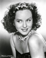 Paulette Goddard, Paramount Pictures (mike catalonian) Tags: paramount 1920s actress2 actress paulettegoddard cinema smcg