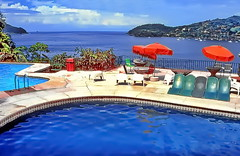 Zihuatanejo, Costa del Pacífico (gerard eder) Tags: world travel reise viajes america night mexico méxico zihuatanejo pacific pacificcoast pacificcoastline beach strand playa pool hotel resort